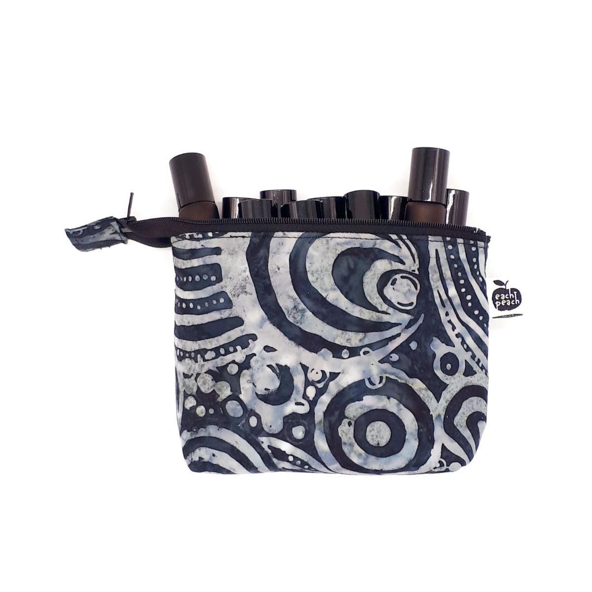 doterra-convention-bag-black-swirls